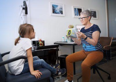 Sehschule bei Sehstörungen | Dr. med. Dominique Mustur | Augencenter Wollishofen (Zürich)